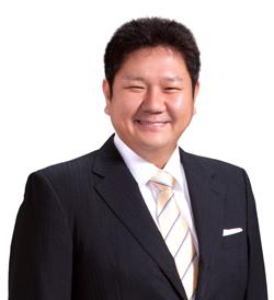 ジョイフル/穴見陽一氏、社長に...