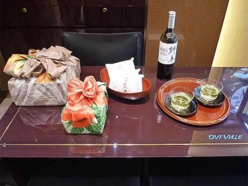 日本茶と風呂敷