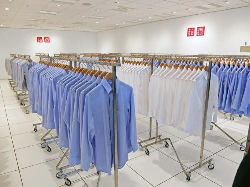 セミオーダーシャツの展示