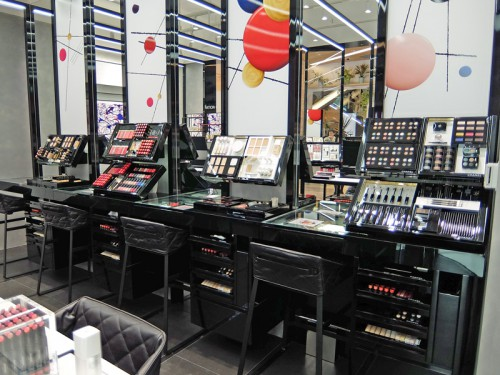 20160323chanel 3 500x375 - シャネル/ルミネに初のコスメティック常設店