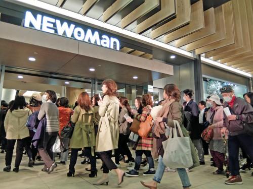 20160325newoman 2 500x375 - JR新宿駅/1日乗降客数150万人の動線を変える「NEWoMan」開業