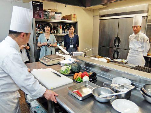 本部の調理実習室