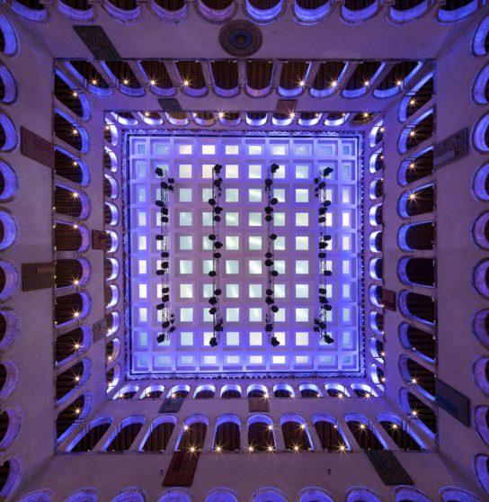 施設の天井