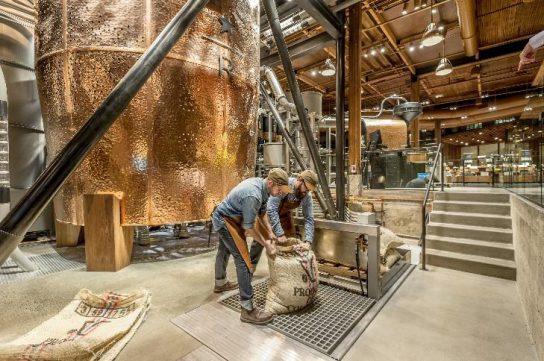 シアトルの焙煎施設