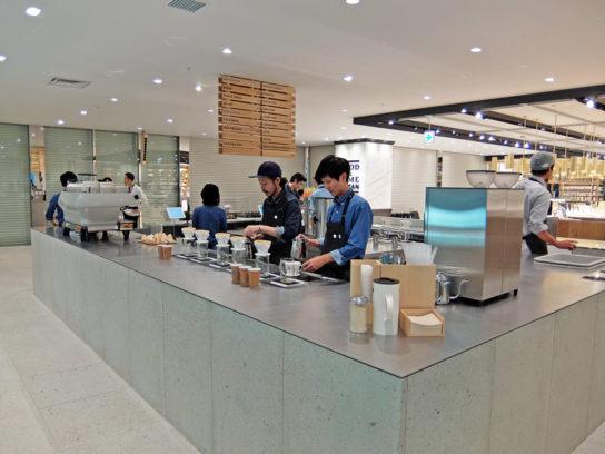 20161114blue 2 544x408 - ブルーボトルコーヒー/アトレ品川にオープン