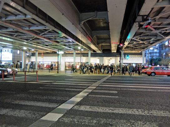東横線・日比谷線の高架下を再開発