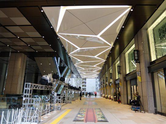 1階中央広場 ガレリア