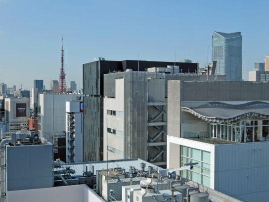 東京タワーと虎ノ門ヒルズ