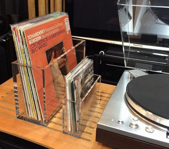 レコードサイドラックの使用例