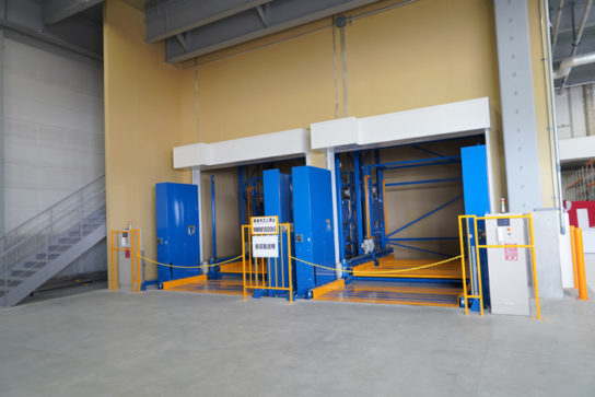 1F部分の垂直搬送機