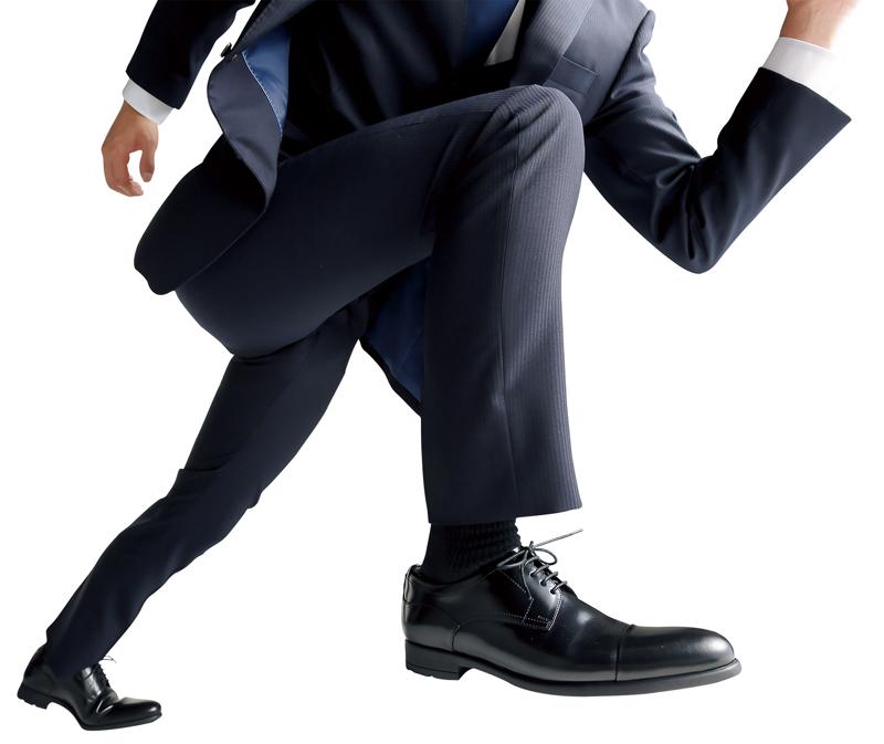 青山商事/ブリヂストンの技術を応用しグリップ力高めた「走れる革靴」