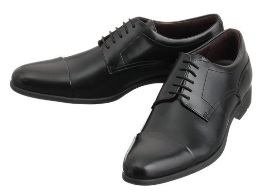 見た目は革靴でありながらクッション性が高く足への負担を軽減