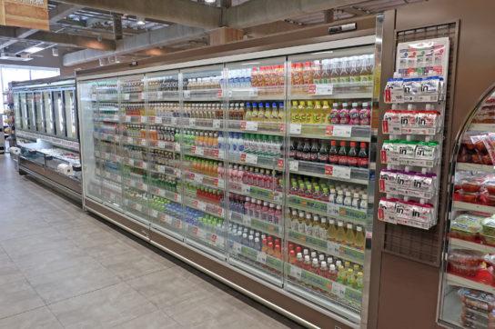 500mlペットボトル飲料売場
