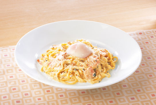 ロカボ トリュフと半熟卵のカルボナーラ