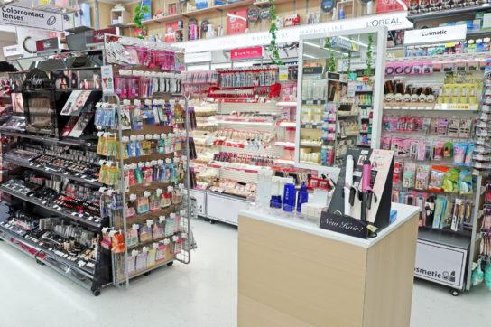 家電と化粧品の体験コーナー
