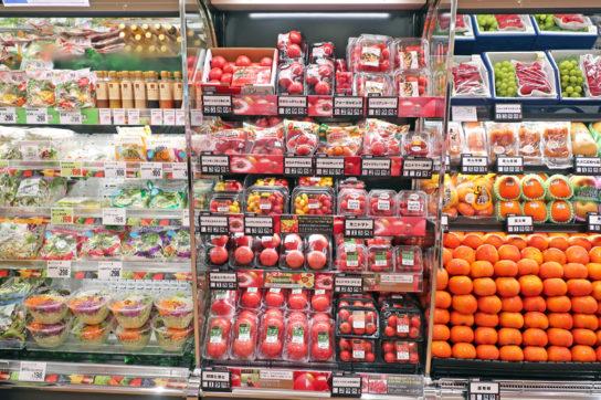 トマトは2か所展開で、量販品とこだわりを訴求