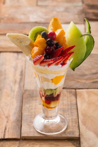 SHIBUYA PARLORのフルーツパフェ