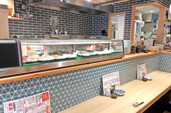 寿司カウンターの客席