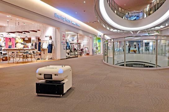 20180417mitsui 2 544x362 - 三井不動産/人手不足に対応、商業施設に「清掃ロボット」を導入