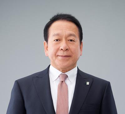 尾崎代表取締役会長兼CEO