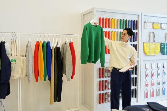 スコットランド製のセーターなど英国からのインポートアイテムも