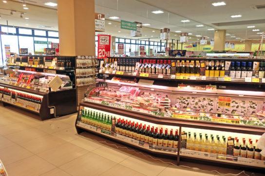 ワインと惣菜・チーズを専用ケースで関連販売