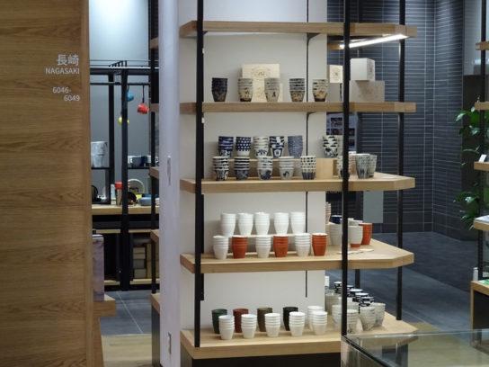 長崎の工芸品も販売
