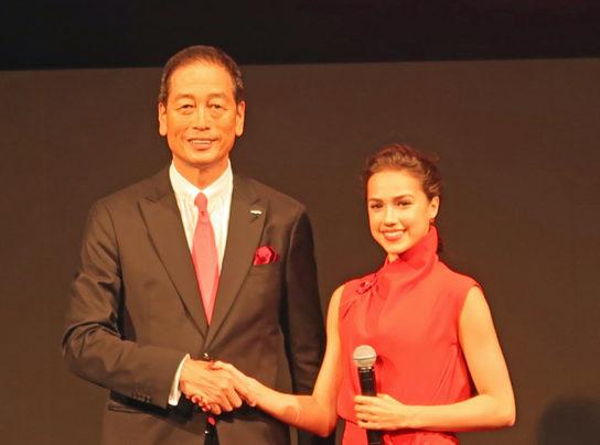 魚谷社長とザギトワ選手