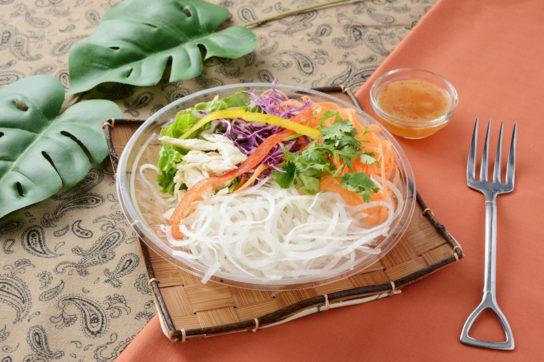 アジアン風野菜ヌードルサラダ