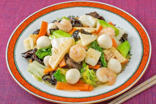 旨みが効いた海鮮八宝菜キットの調理例