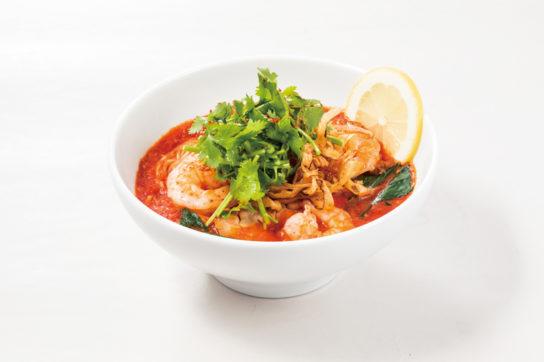 太陽のトムヤムトマト麺