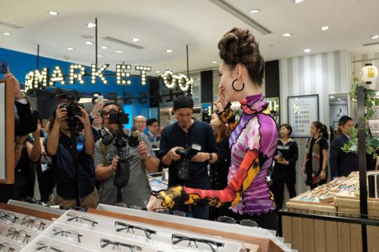 香港と中国向け新シリーズ発売