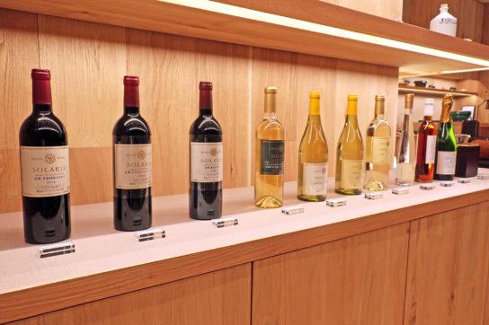 ワインや日本酒も販売
