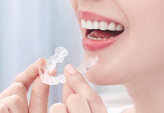 マウスピース専門の矯正歯科