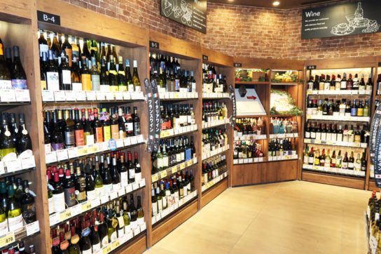 同社最大規模のワイン売場