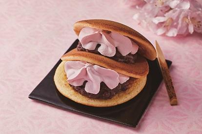 スプーンで食べる春薫る桜生どら焼