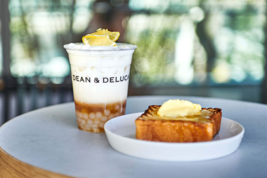 「DEAN&DELUCA CAFE」もオープン