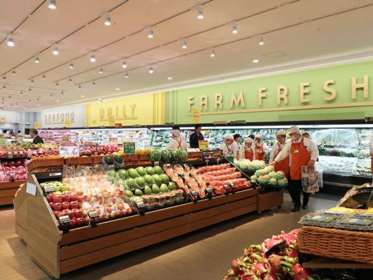 季節感あるフルーツ売場