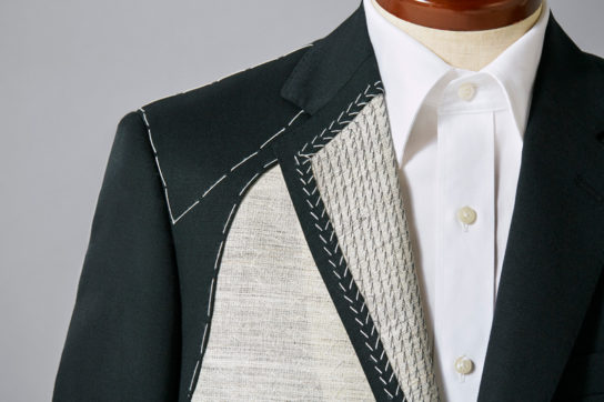 本格的なスーツとして販売