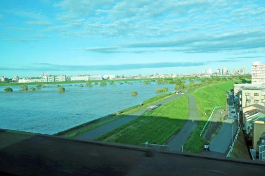 台風19号で増水した荒川