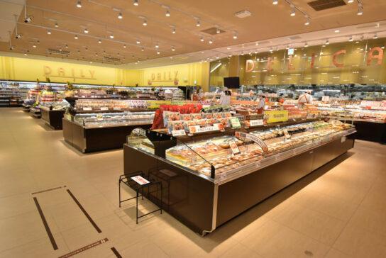 惣菜売場の全景