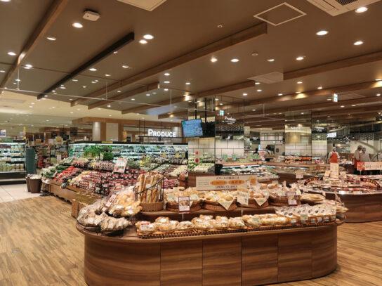 20200617y1 544x407 - ヨーク/新宿に生鮮・デリカ・加工食品充実の都市型「ヨークフーズ」