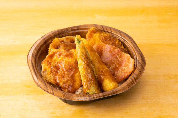 野菜カツ丼 (串カツ田中ソース使用)