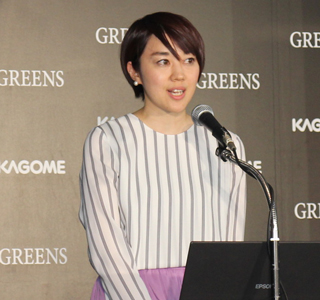 「GREENS」の商品企画担当の常田真希さん