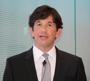 デイビッド・R・スミス代表取締役プレジデント