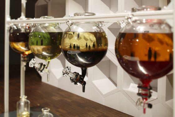 「ゴルコンダ・ドレッシング」 感性研究×料理×マグリット → 水と油が生み出すマジカルな可能性(昨年度の作品)