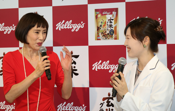 ゲストに秋野暢子さん、日比野佐和子先生