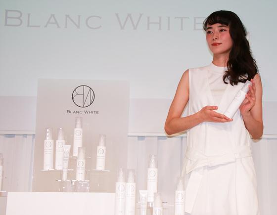 角質ケアと美白有効成分を重視した新ブランド