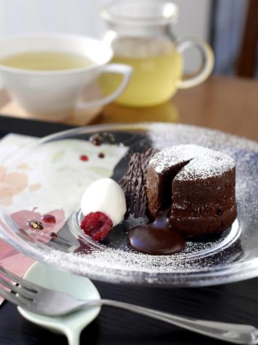 20170126meiji2 - 明治「ザ・チョコレート」/表参道・茶茶の間で日本茶とのコラボメニューを展開